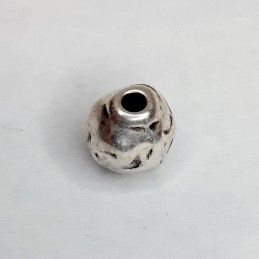 BOLA METAL LABRADA 10 MM AGUJERO 3 MM ZAMAK